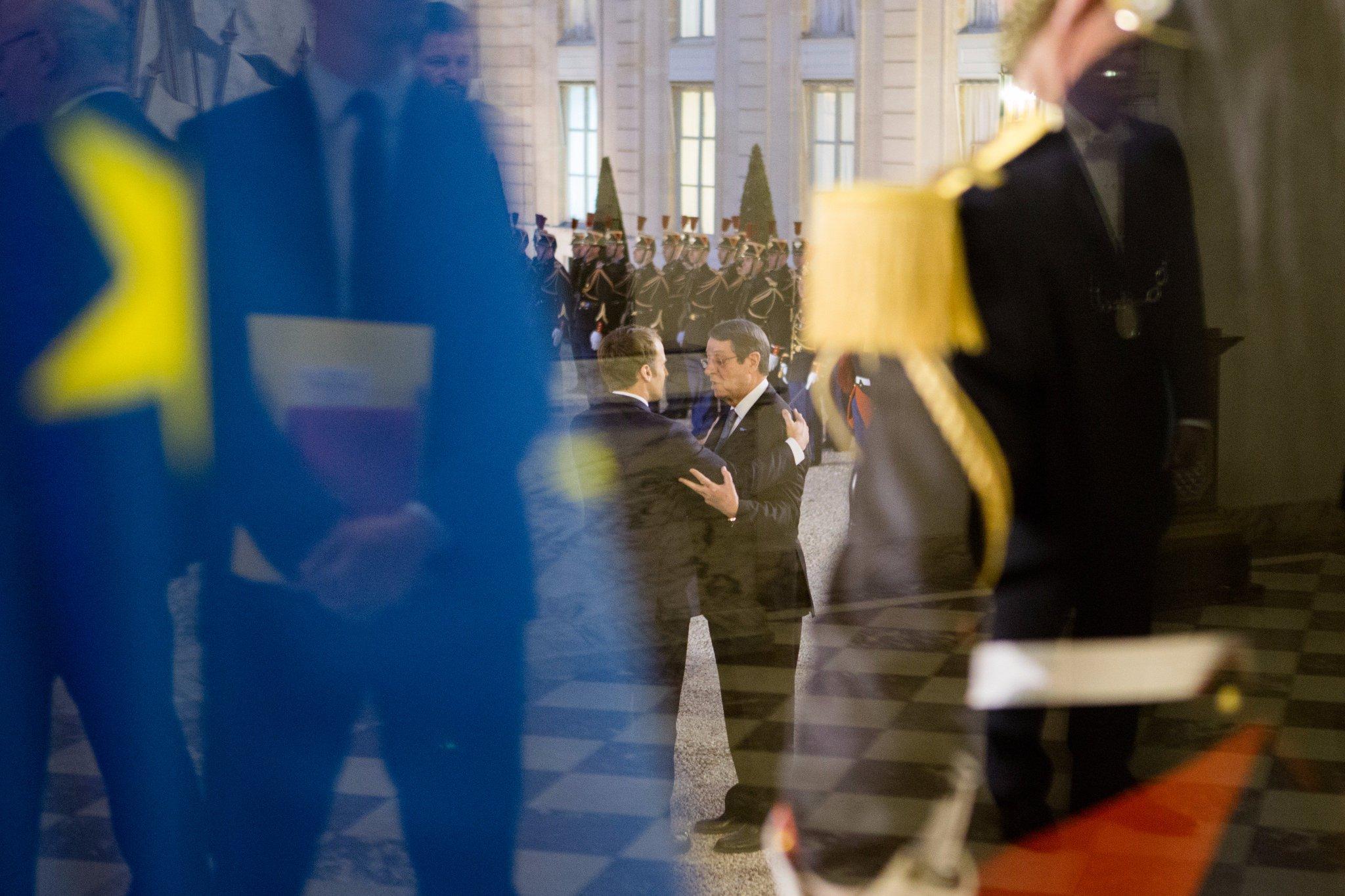 Avec le président Nicos Anastasiades, nous sommes engagés ensemble face aux grands défis de l'Europe. https://t.co/ERroezc7Ox