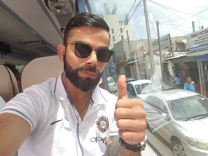 Happy birthday day my favorite  Virat kohli .....
