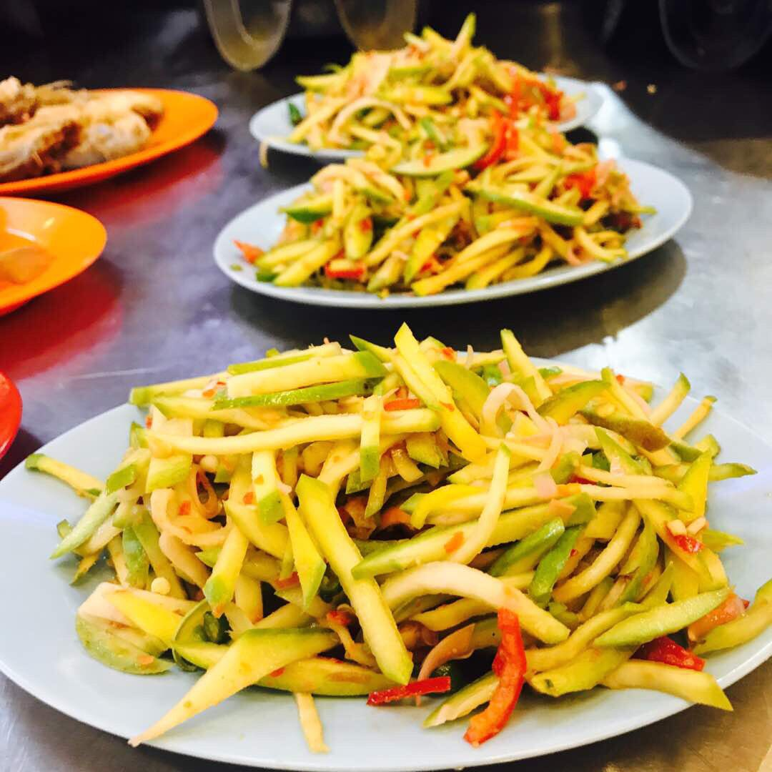 Nak ke taknak? �� #AsamPedasJr #Melaka #Malaysia #FoodPorn https://t.co/yGFxLz5V03