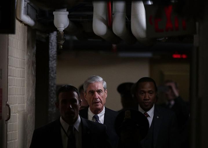Robert Mueller's brilliant strategy for outmaneuvering Trump pardons: https://t.co/q6UegavZj1 https://t.co/IQ5b8CIuCL