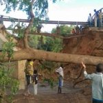 Motorists stranded after Kainuk Bridge collapses