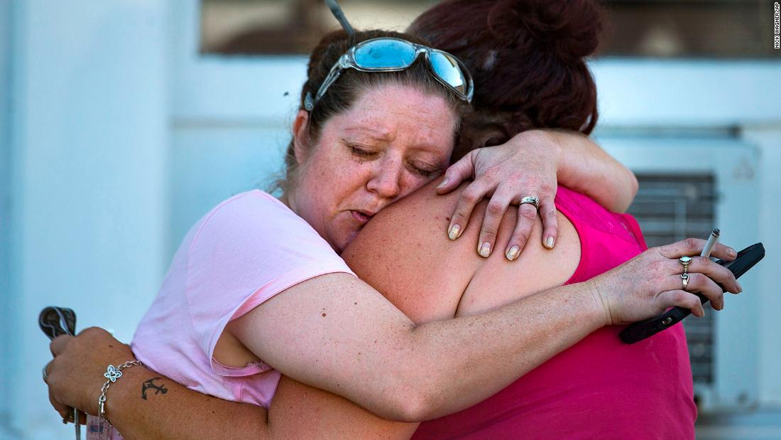 2 of the 5 deadliest mass shootings in modern US history have happened in the last 35 days