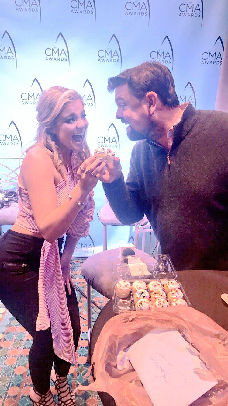 Big week for CMA nominee, BIRTHDAY and more!  Happy birthday, Lauren!