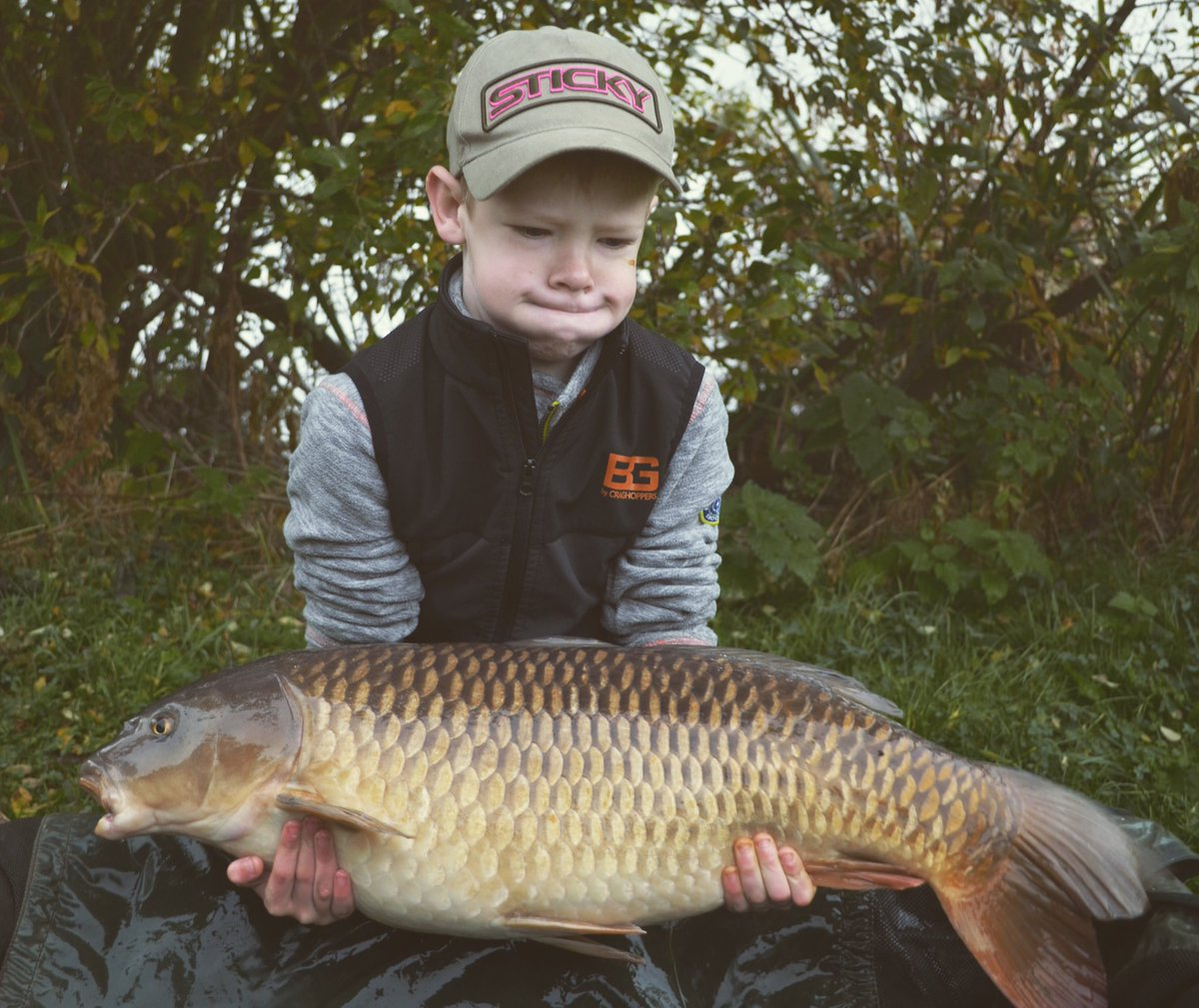12 months ago today, fingers crossed for more tonight #getfishing #carp #carpfishing #fishing https: