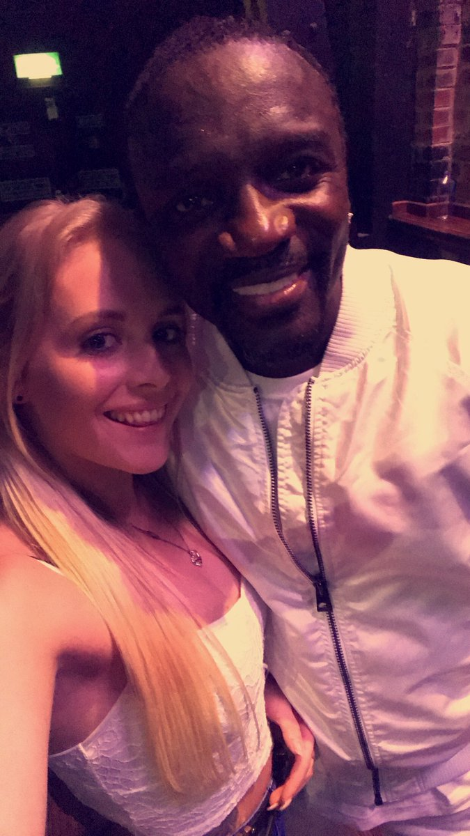RT @lucy_middlemiss: A selfie with my teenage dream ????❤️ @Akon @O2AcademyLeeds https://t.co/o5eKRPaALH