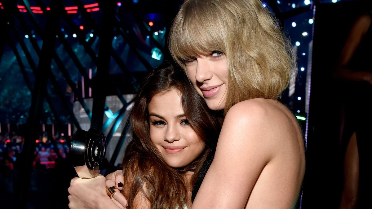 Selena Gomez Shares Her Honest Review Of Taylor Swift's Reputation