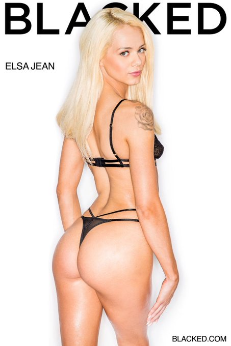 You know when you've got @ElsaJeanxxx to get you over #humpday, your week's gonna be straight! 💯 https://t