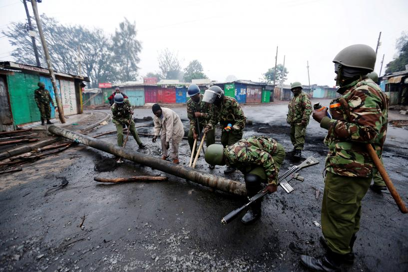 Burning barricades mark start of Kenya election re-run
