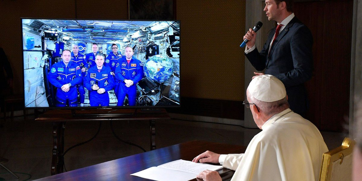 Pope calls space, small step for Vatican-Russian ties