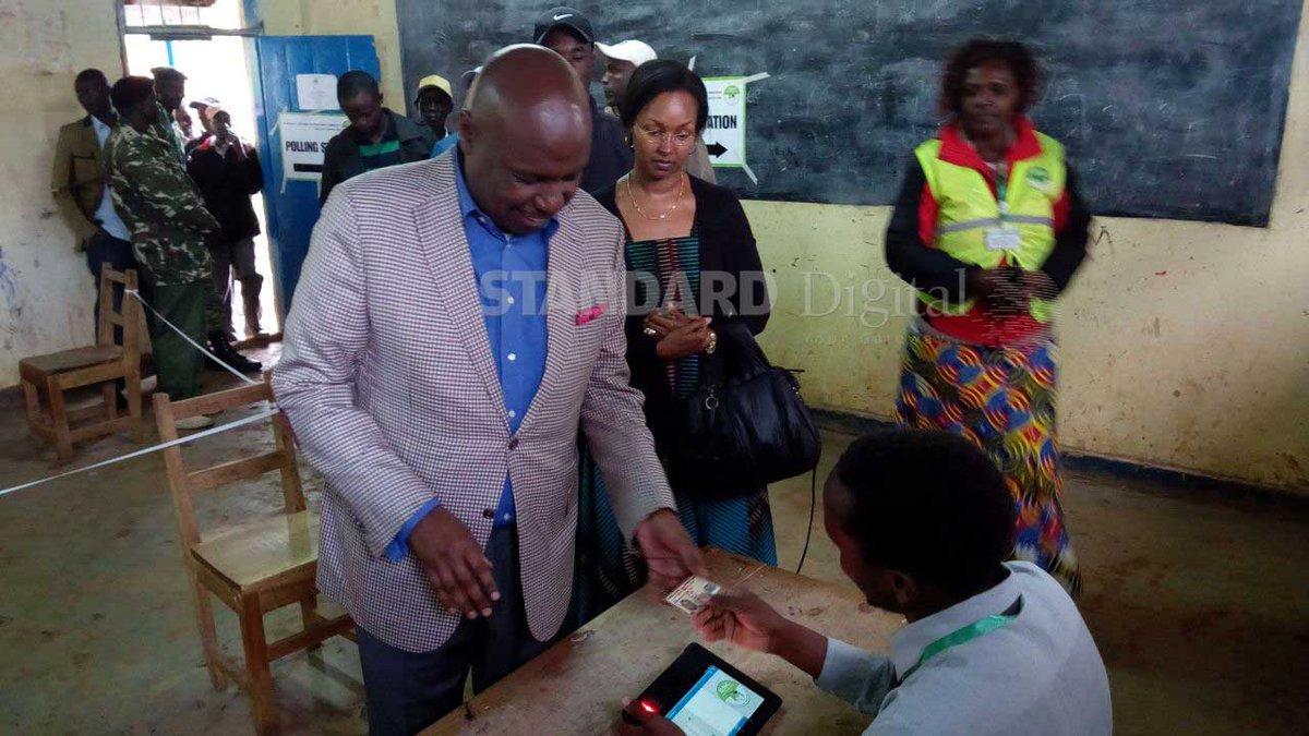 Baringo Senator Gideon Moi casts vote at Tandui Primary School (Photos)