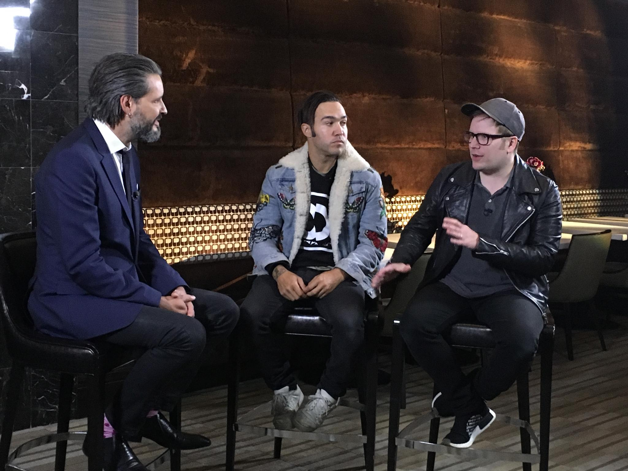 Video: @falloutboy on the delay of their new album & their love for playing live https://t.co/0RRVTeHla4 . #MANIA https://t.co/RHOy8lffrV