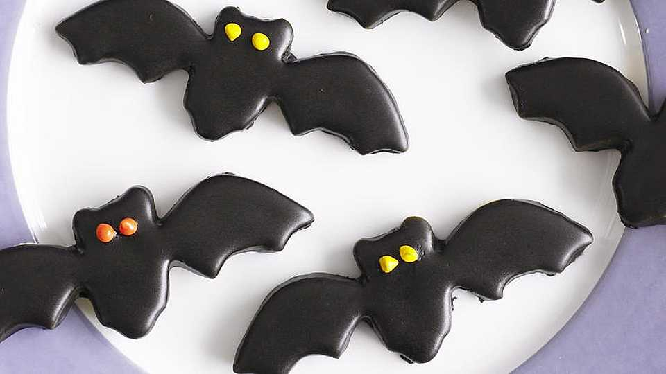 RECIPES: 8 amazing sweet treat recipes to try out this Halloween!