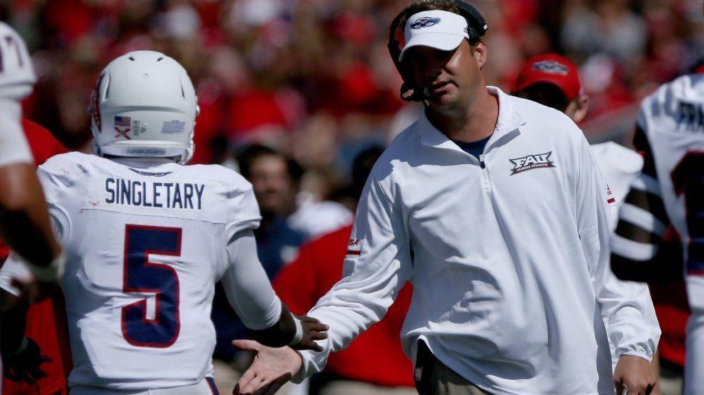 Away from the glitz and glamour of USC and Alabama, Lane Kiffin settles in at Florida Atlantic