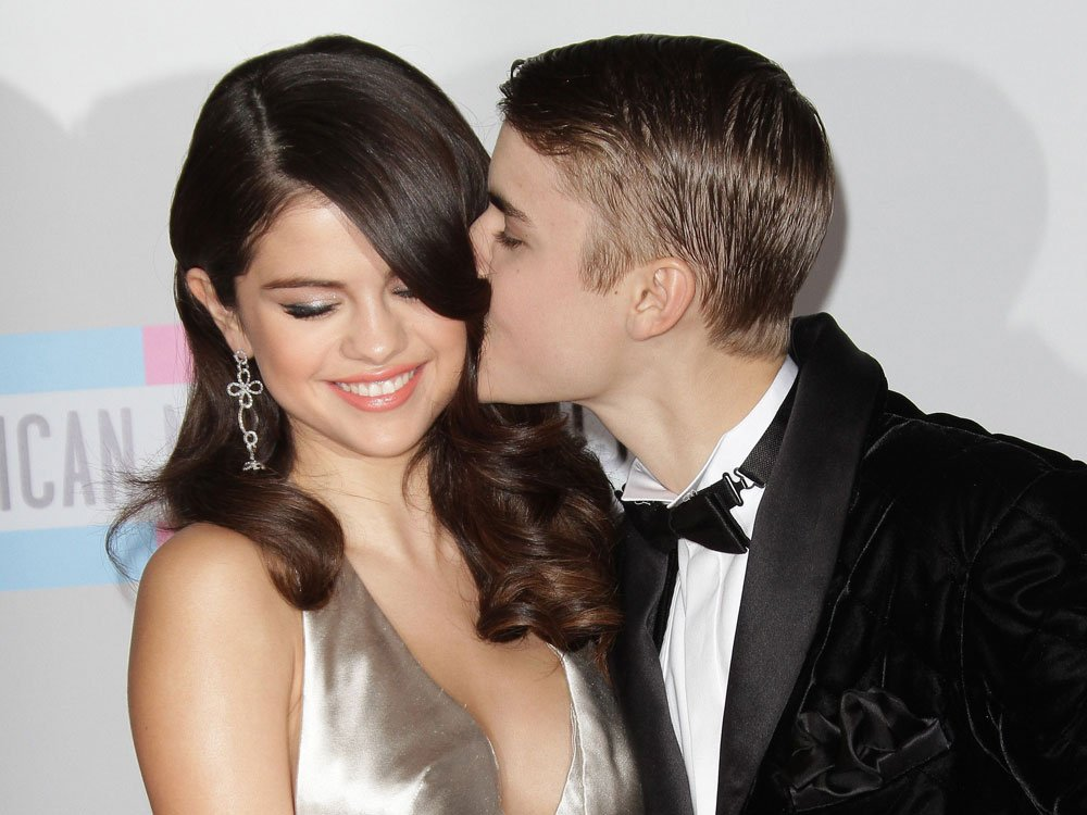 Are Justin Bieber And Selena Gomez Getting Closer Again?