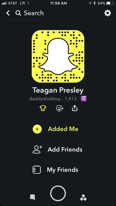 My snap name. 🥂 #HappyFriday #FreebieFriday https://t.co/DXQRX8gd9B
