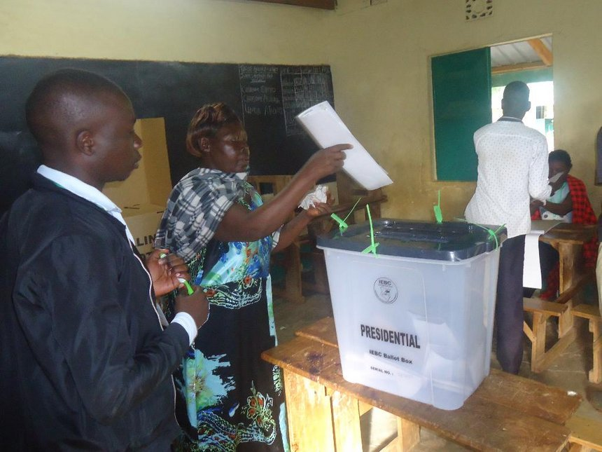 Uhuru gets paltry 21,000 votes in Busia county as many keep off polling stations