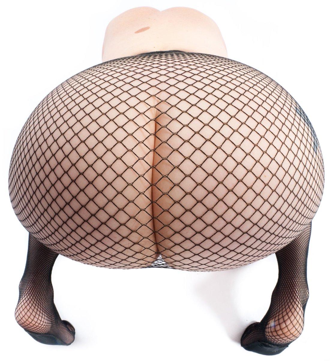 2 pic. Butt is it art? pD6AfB6iA5