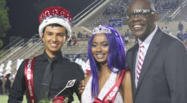 Homecoming queen's picture changed by school district