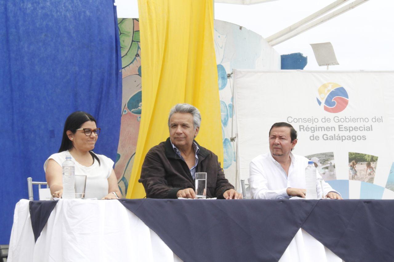'Demos oportunidad a los jóvenes de intervenir en política', @Lenin Moreno #EncuentroCiudadano https://t.co/VIGtceBbTH