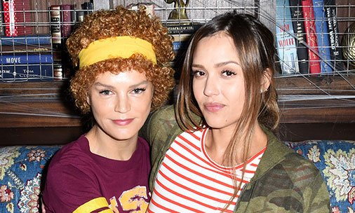 Jessica Alba transforms into Juno for Halloween - see the pics: