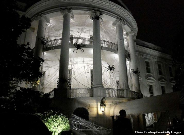 Spider webs and bats: The White House gets a spooky Halloween