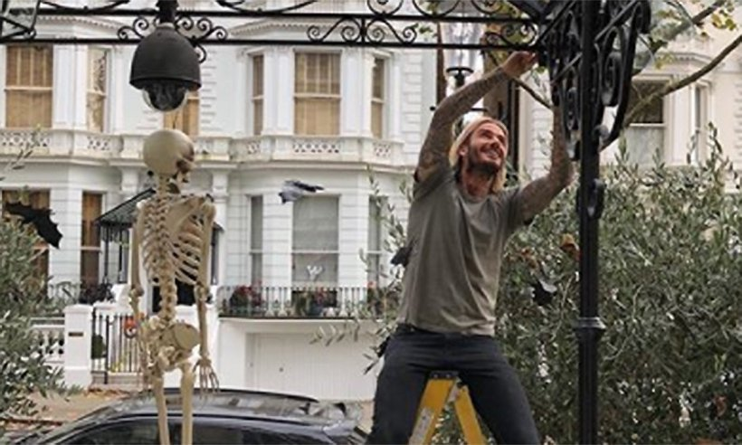 David and Victoria Beckham prepare their London home for Halloween – see photos!