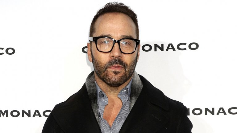 "CBS ""looking into"" Jeremy Piven sexual harassment allegations"