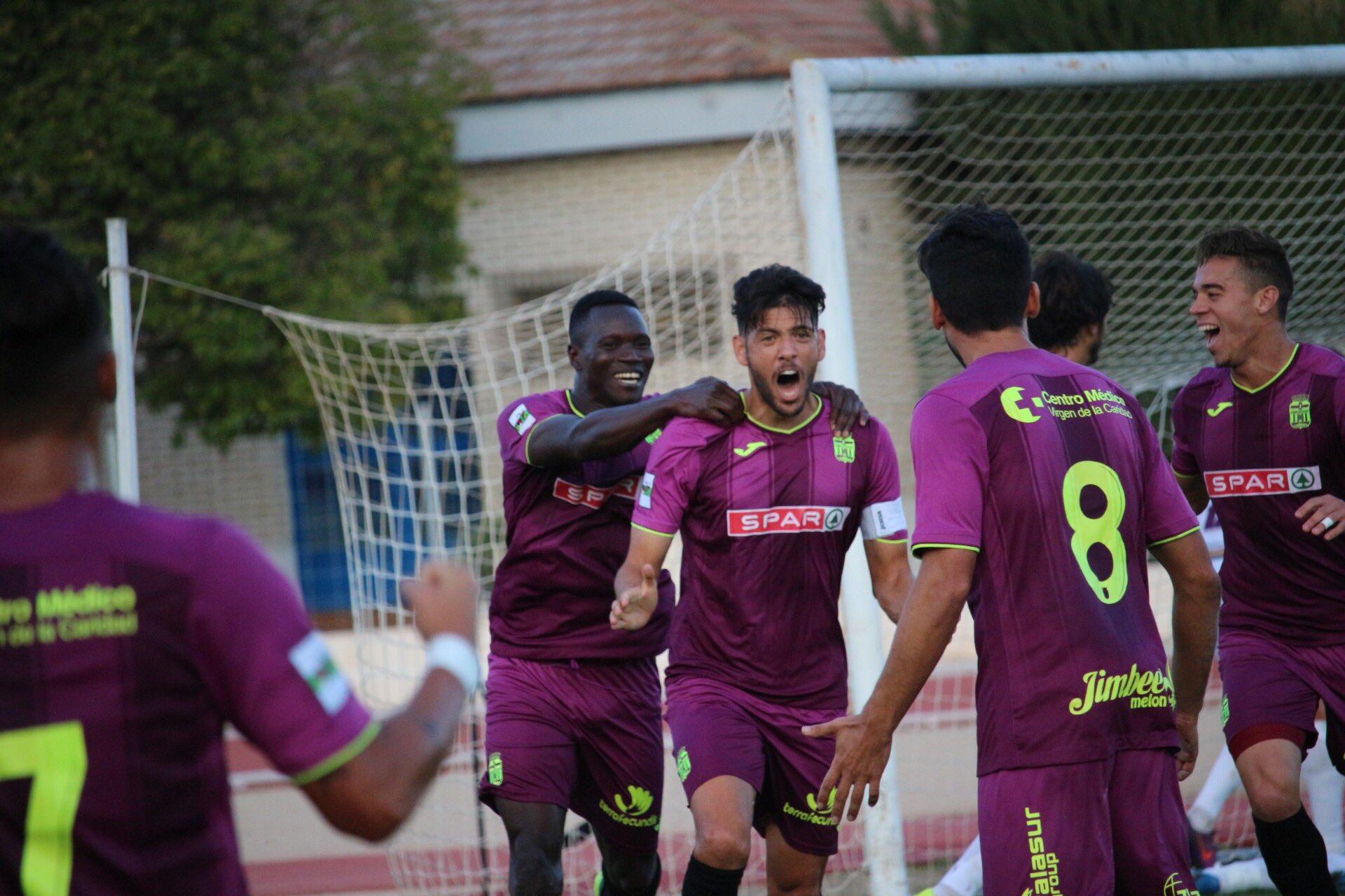 �� Así se celebraba el gol de @SergioJG21 que daba los 3 puntos al Cartagena en Jumilla  #Equipo ��⚽️ https://t.co/u98Wnwt1v7