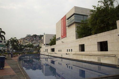 Los museos abrirán en #feriado ¡visítalos! @Cultura_Ec @ReddeMuseosEC #FeriadoEnFamilia https://t.co/9dvtu6Dky6 https://t.co/z9v3S0ZT05
