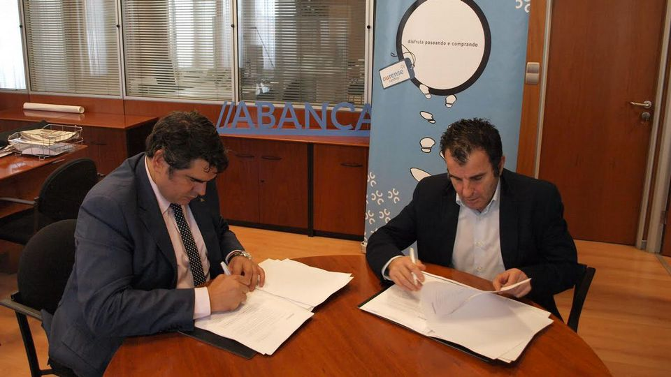 RT @vozourense: #Abanca y #OurenseCentro buscan vías para la reactivación económica https://t.co/xYOs2j9FKw https://t.co/KPNjuPS1cr