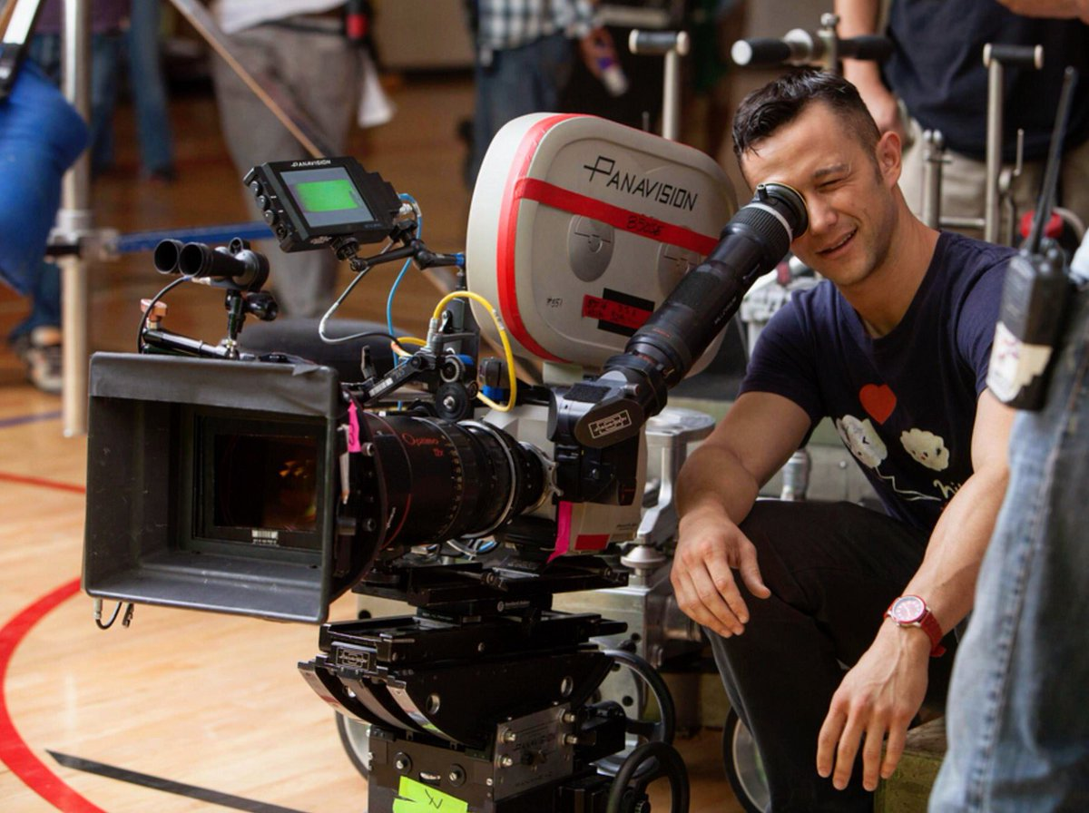 On set, out of costume, behind the camera. #DonJon #celluloid #TBT  https://t.co/k31hJZ6yHk https://t.co/6VvjlUqwhM