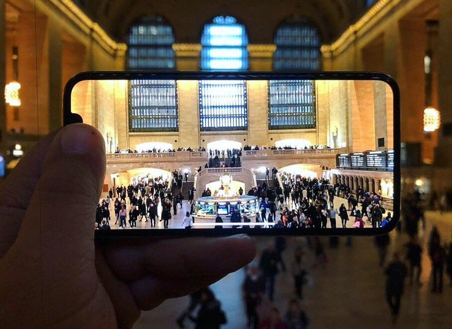 Through the lens of an #iPhoneX...  👀📱📷 (📷: @reneritchie) #iMore #Apple #iPhone #iPhoneX #shotoniPhoneX https://t.co/fv7N2y1QI9