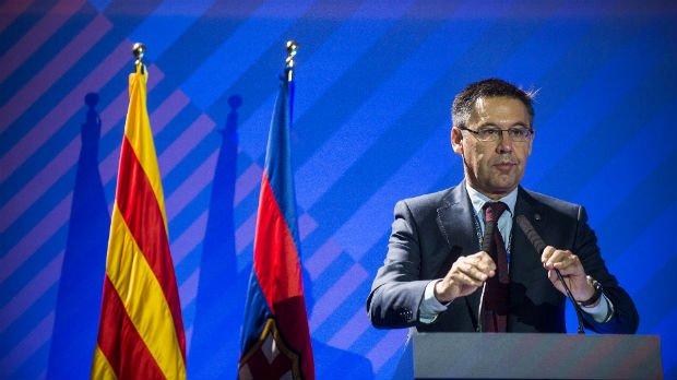 El @FCBarcelona lamenta los encarcelamientos de Junqueras y los 'exconsellers' https://t.co/mWAhQiYhIt https://t.co/jqXZL7HqHs