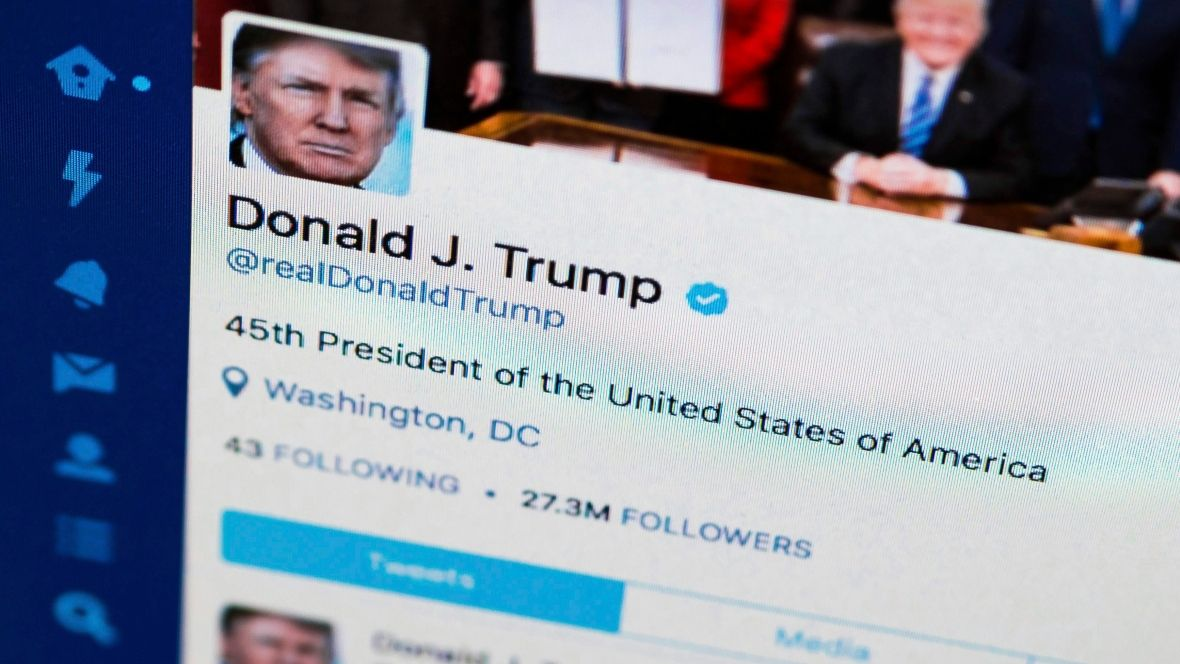 Twitter says Trump's account 'inadvertently deactivated' by employee https://t.co/JTPYlHpGo5 https://t.co/TMpiCVWzhm