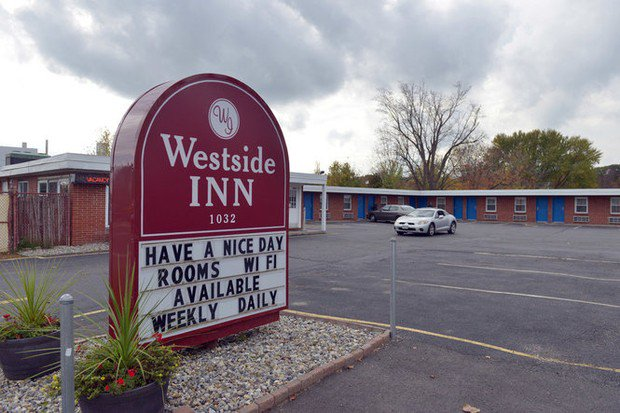 700 bags of 'blue shark' heroin seized in drug raid at West Springfield motel