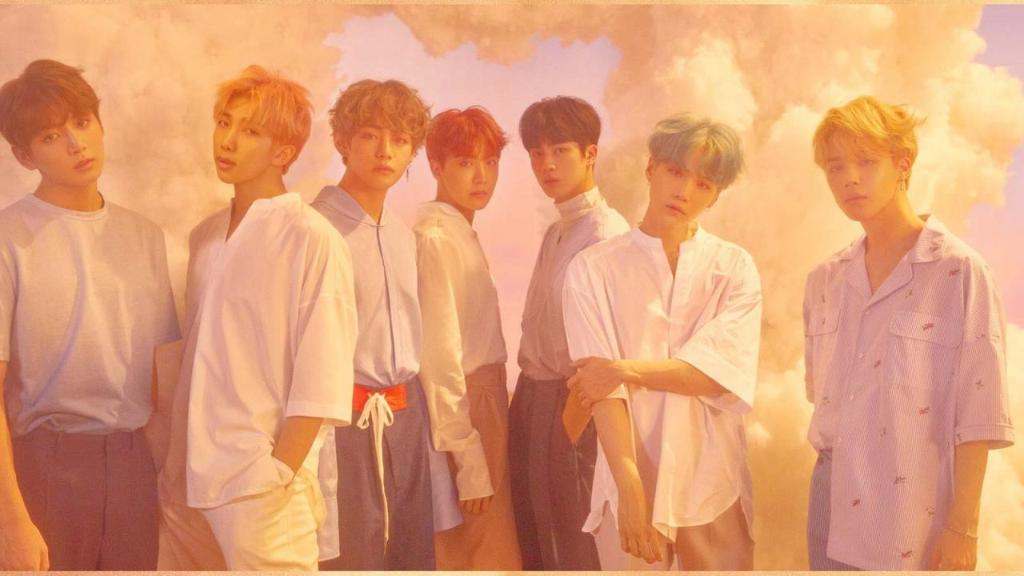 K-pop superstars @BTS_twt will perform at the #AMAs! https://t.co/GEdiObeP7h https://t.co/hvQPDXiKbk