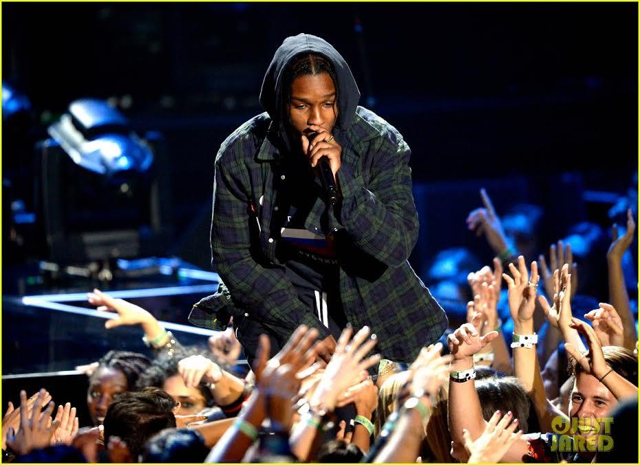 A$AP Rocky Makes 2 Fans Hug Af fist fight