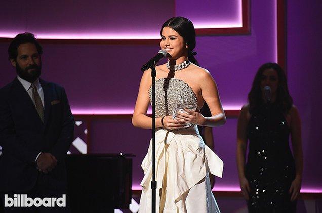 Our Woman of the Year, @SelenaGomez's BIGGEST Billboard #Hot100 hits �� #WomenInMusic https://t.co/2vKerMIDVx https://t.co/uDwTtnNv3o