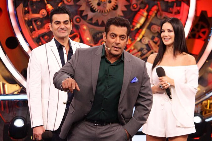 1 pic. So much fun being back in the @BiggBoss house with @arbaazSkhan and @BeingSalmanKhan for Tera