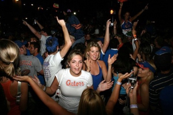 Top 7 Party Schools of 2018 https://t.co/l2Oz9Wawud https://t.co/r5ZNVdZBWg