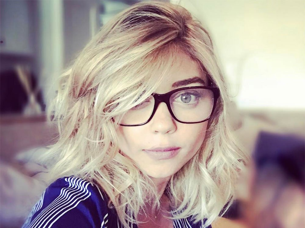 Sarah Hyland Hits Back After Her 'Bed' Photo Was Criticised On Social Media