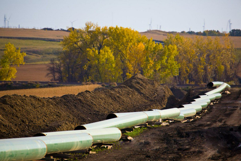 Keystone Pipeline leaks 210,000 gallons of oil in South Dakota