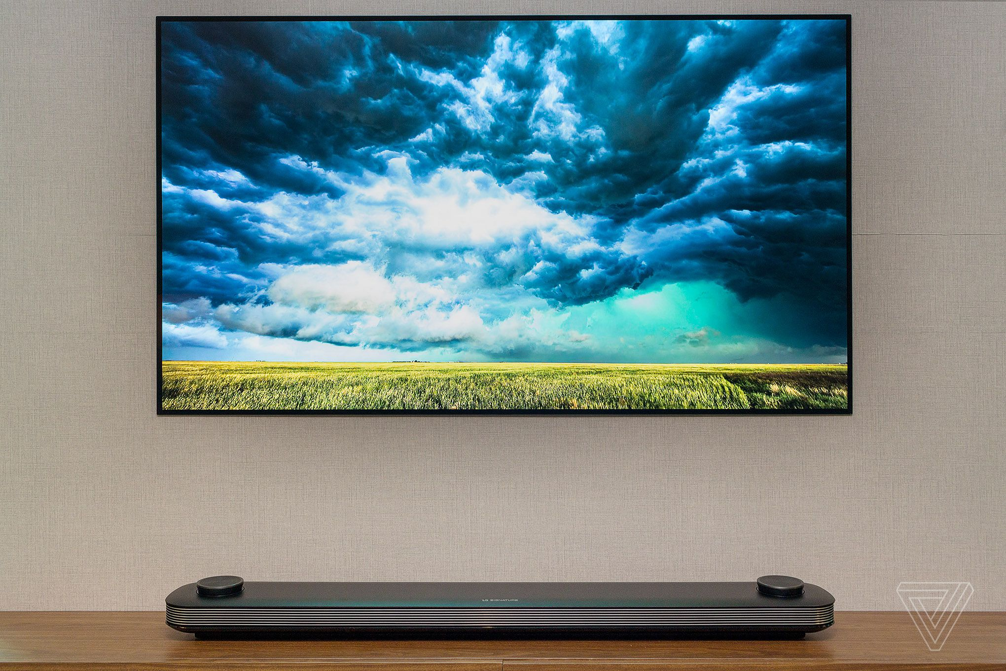 LG's excellent OLED TVs are getting steep discounts for Black Friday https://t.co/PoIXtQSQPa https://t.co/kaK9zhfkz0