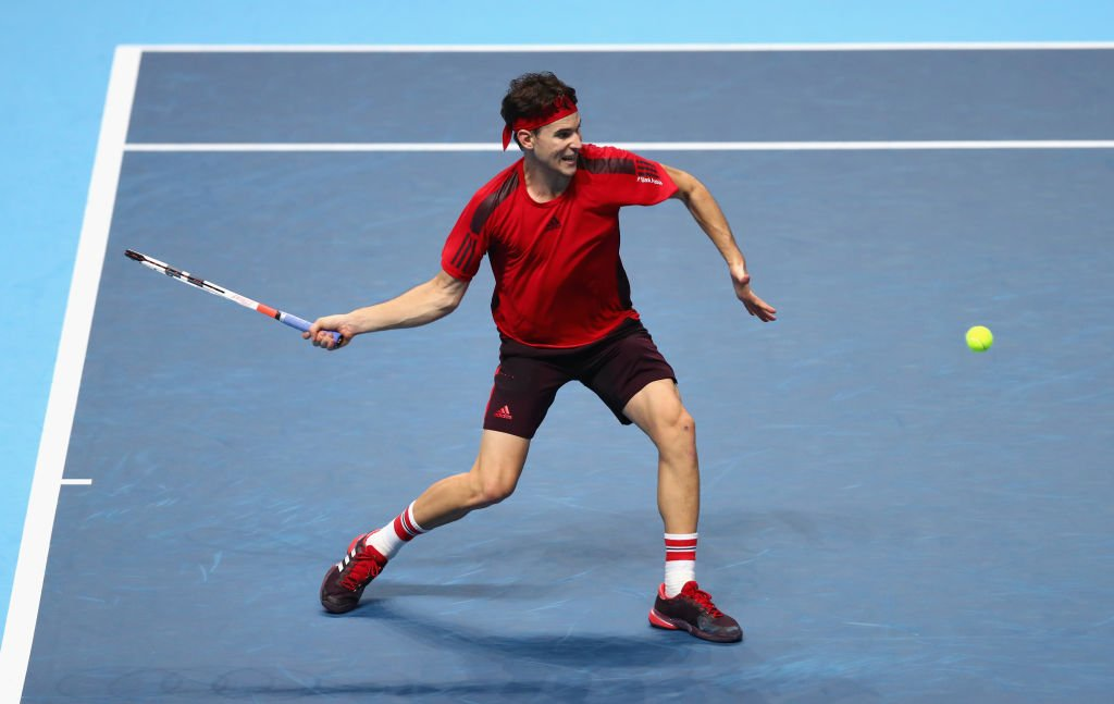 Dominic Thiem breaks straight away!   A worrying start for Goffin...  #ATPFinals live ������ https://t.co/fU0oU2Kaxj https://t.co/v6FAE6lZiZ