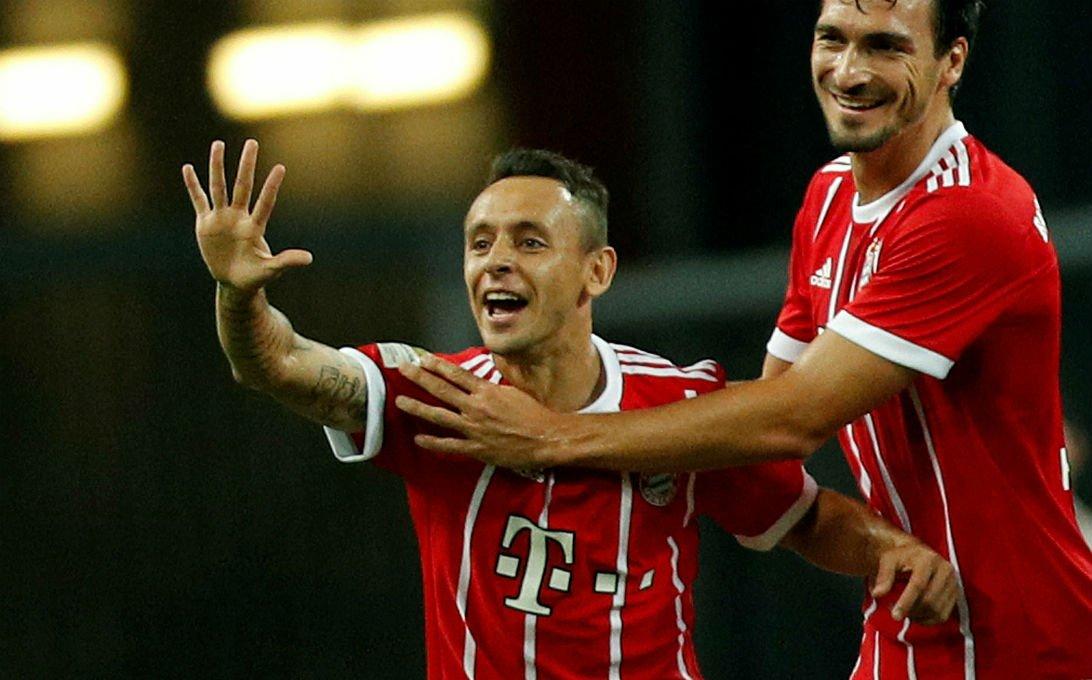 Palmeiras faz proposta por Rafinha, do Bayern de Munique