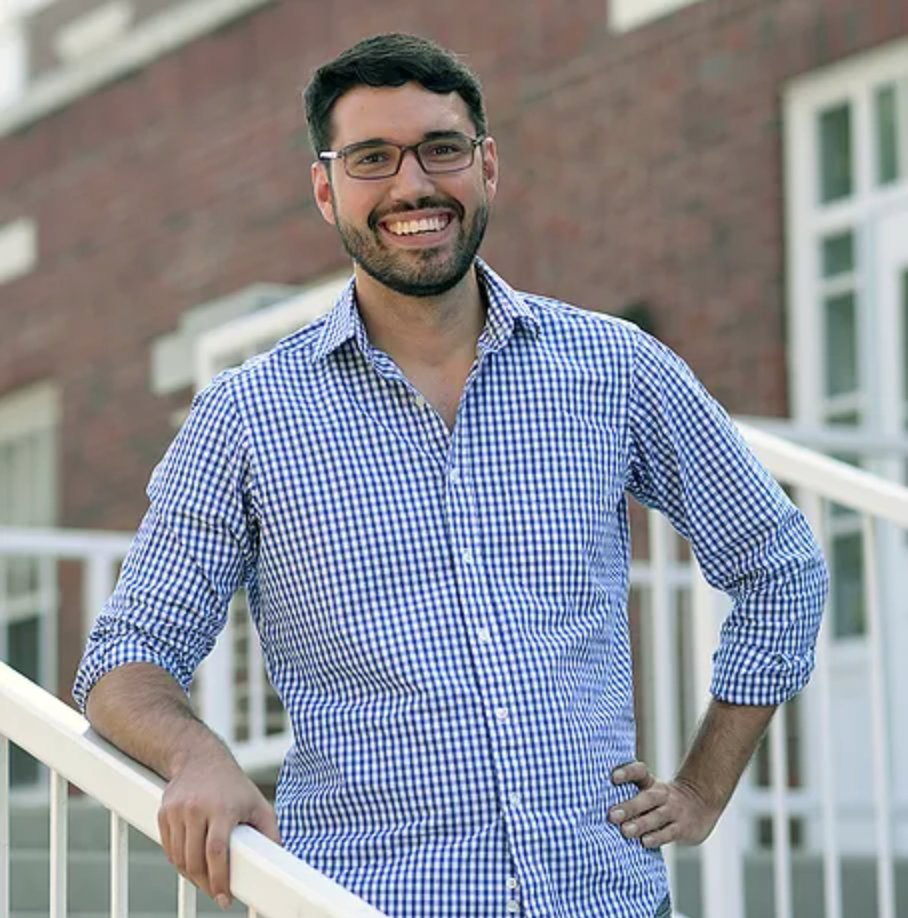 "test Twitter Media - Congrats to Government Prof @YamilRVelez for winning @The_JOP Best Paper Award for ""Racial Diversity and the Dynamics of Authoritarianism"" https://t.co/vqjl3ceopz #Politics #FacultyFriday https://t.co/wYuAPEim17"