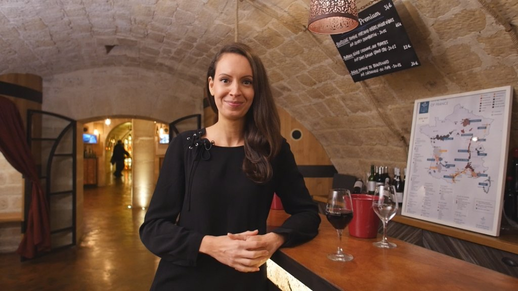 FRANCE IN FOCUS - France raises a glass to tourism