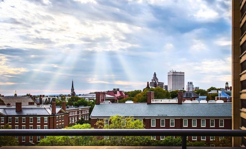 Bird's-eye view of Brown & Providence 🐦 🌤️ 🏙️ 📷: casual_cadence – add yours with #BrownUniversity https://t.co/LL4QIQNZ1P