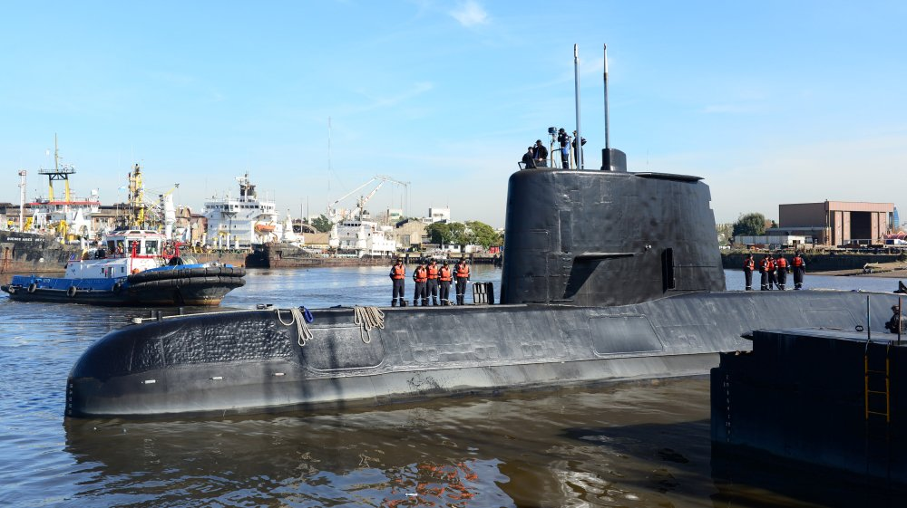 Argentina's navy loses contact with submarine carrying 40 crew members