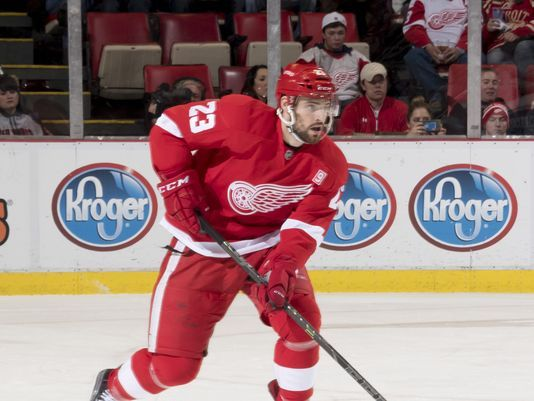 Red Wings summon D Brian Lashoff from Grand Rapids